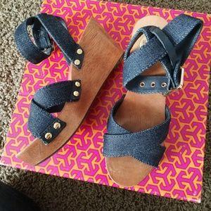 Tory Burch Risley Denim Sandals Size 5.5